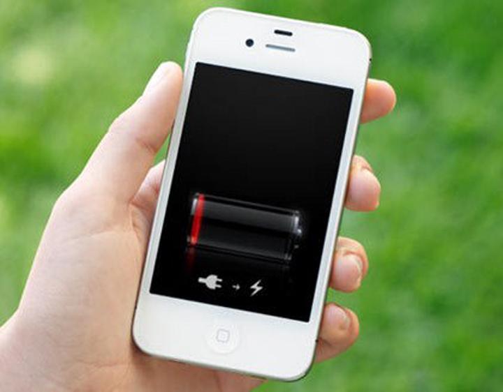 Toujours avoir de la batterie en voyage : les solutions