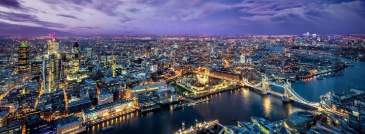Jouer les touristes dans la ville emblématique de Londres