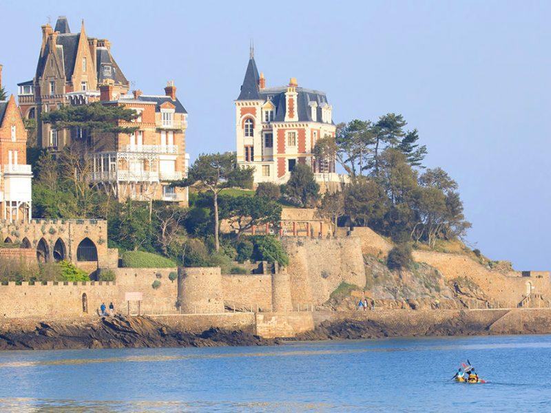 Comment choisir son hébergement pour passer les vacances en Bretagne et en Loire Atlantique ?